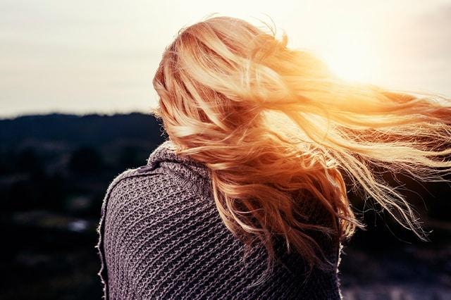 Henna para el cabello: conoce todos sus beneficios