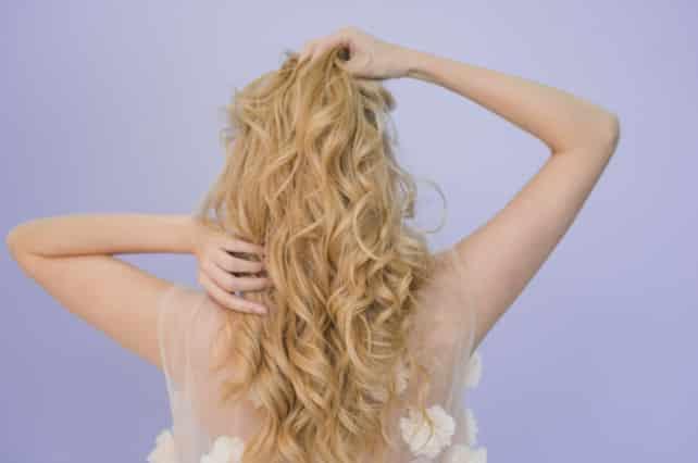 Tintura para el cabello de origen natural y artificial