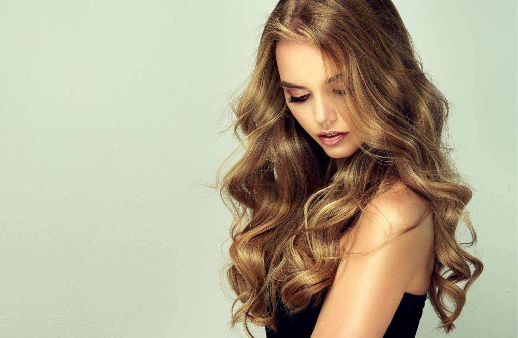 Mantén el cabello revitalizado después de la tintura con estos consejos